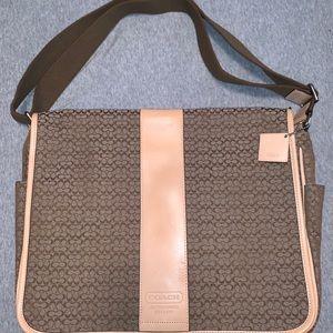 Coach signature patter diaper/laptop bag